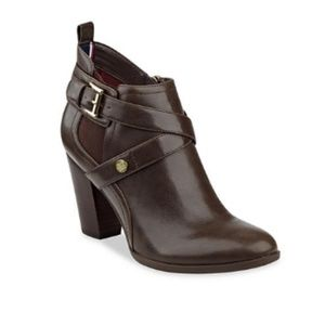Tommy Hilfiger Silvia Belted Booties